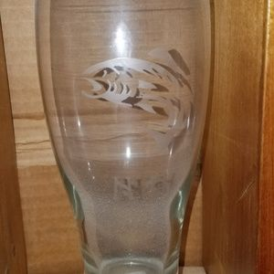 NWT Handmade Etched Beer Glass Set